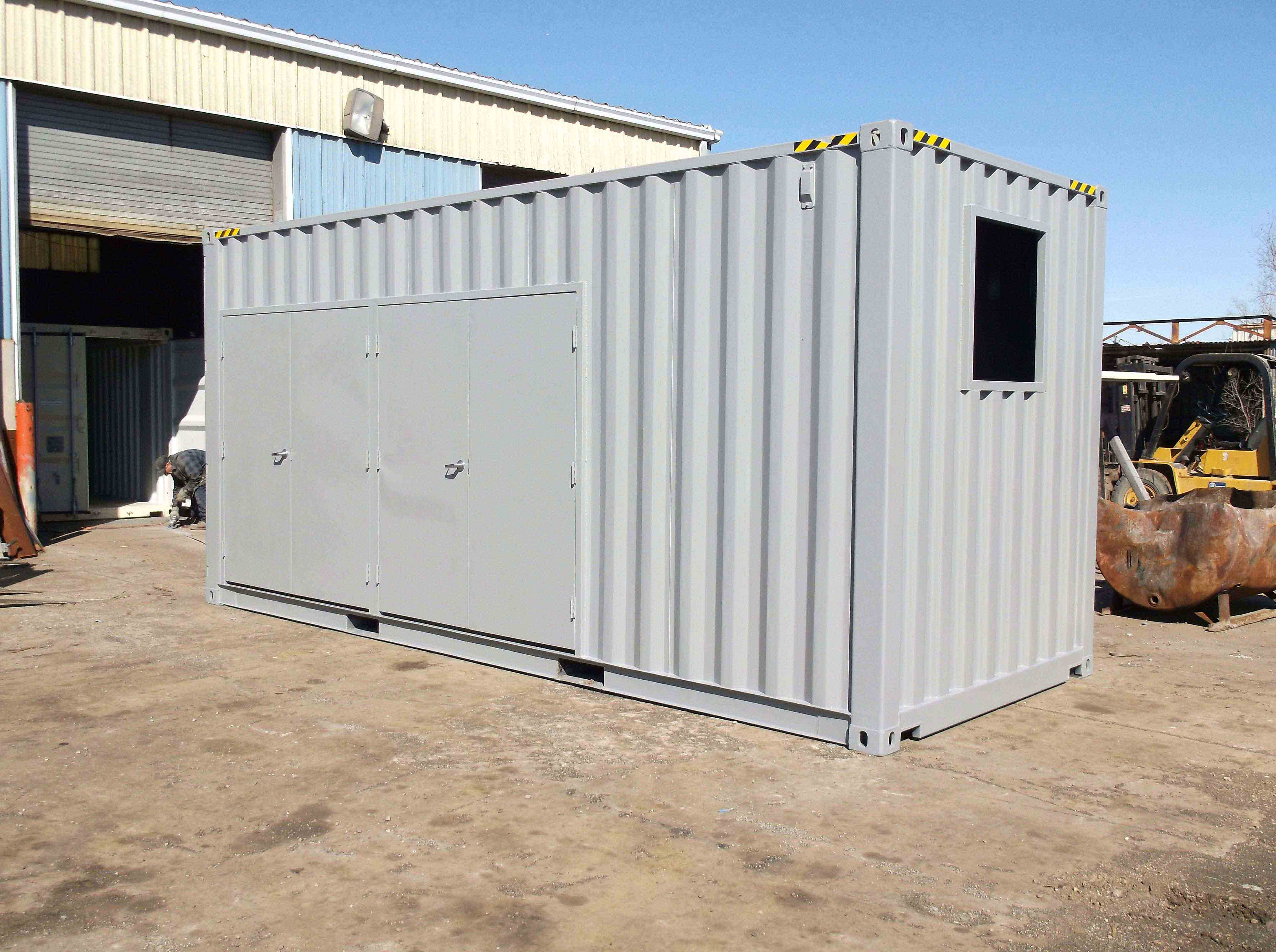 20′ High Cube Container Outfitted with Double and Single Personnel Doors